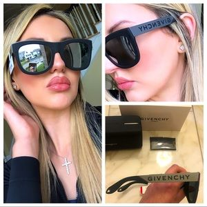 🔥NEW SHOW STOPPER GIVENCHY MIRRORED SUNGLASSES 🔥